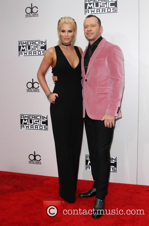 Jenny Mccarthy and Donnie Wahlberg 7