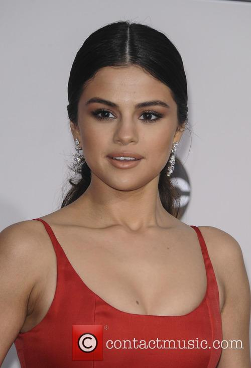 Selena Gomez Reveals She Had A Kidney Transplant Operation This Summer