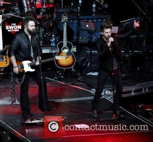 Carrie Underwood, The Swon Brothers and Las Vegas 4