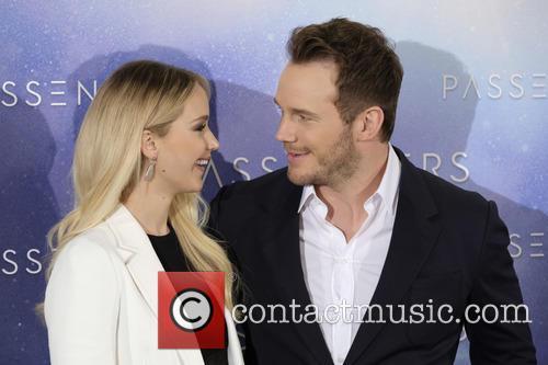 Jennifer Lawrence and Chris Pratt 7