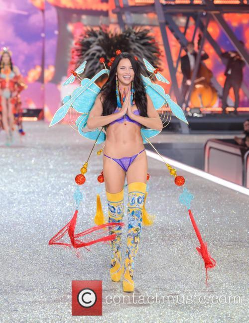 Adriana Lima 3