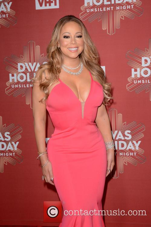 Mariah Carey Gets Support After Nye Performance From Ex-husband