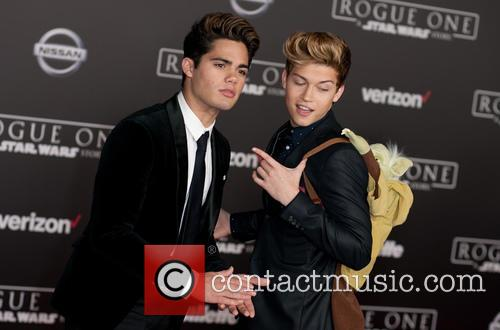 Star Wars, Ricky Garcia and Emery Kelly 4