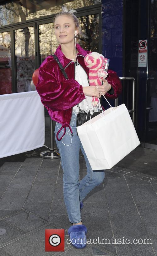 Zara Larsson 3