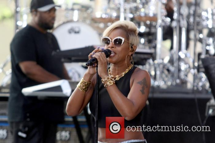 Mary J. Blige performs live on the 'Today'...