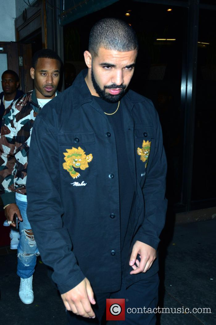 Drake snapped outside an Italian restaurant