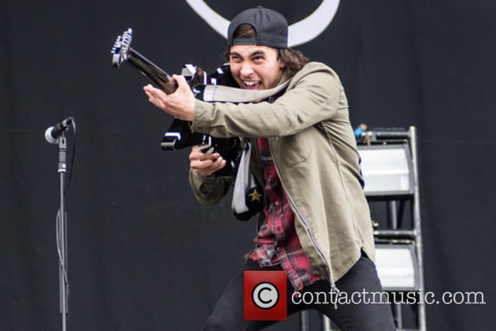 Pierce The Veil 6