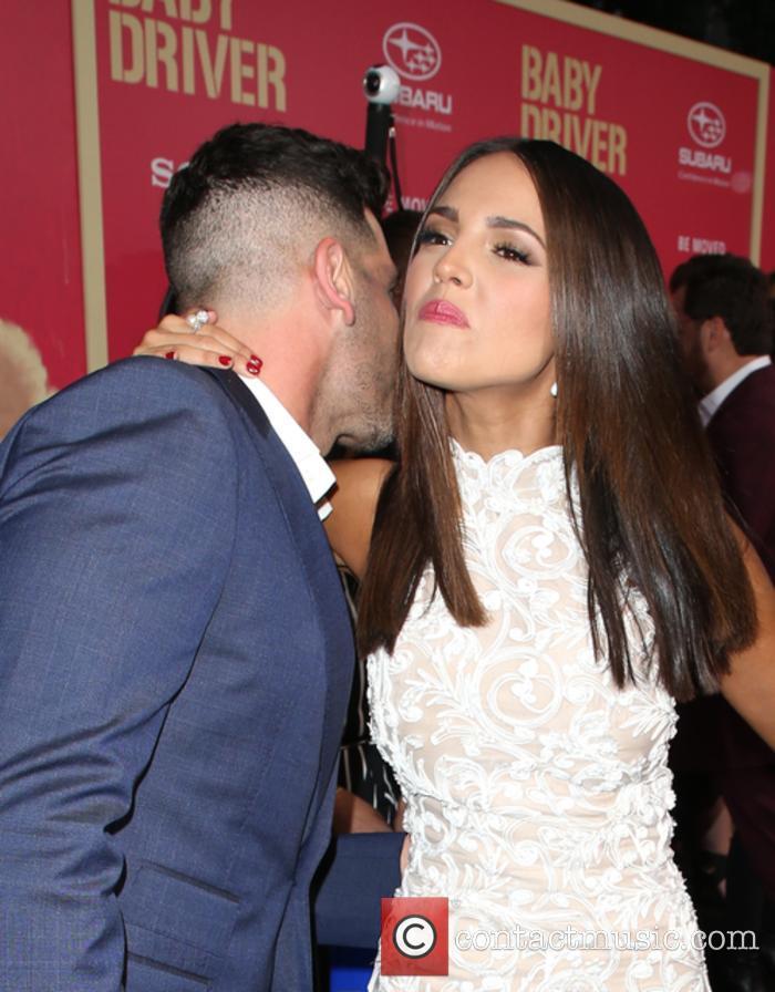 Jon Bernthal and Eiza Gonzalez 5