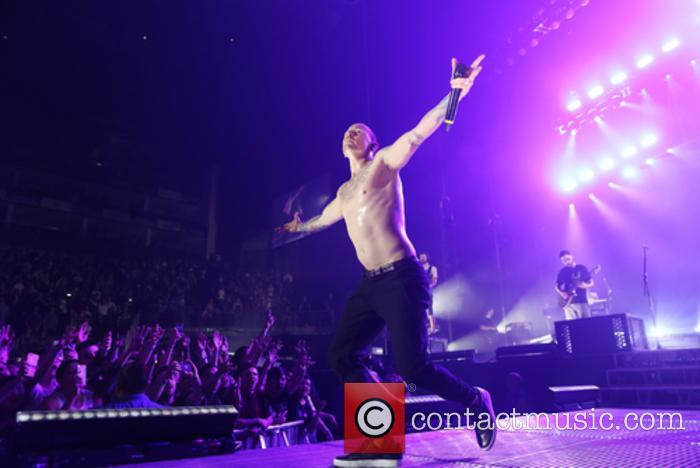 Chester Bennington and Linkin Park 6