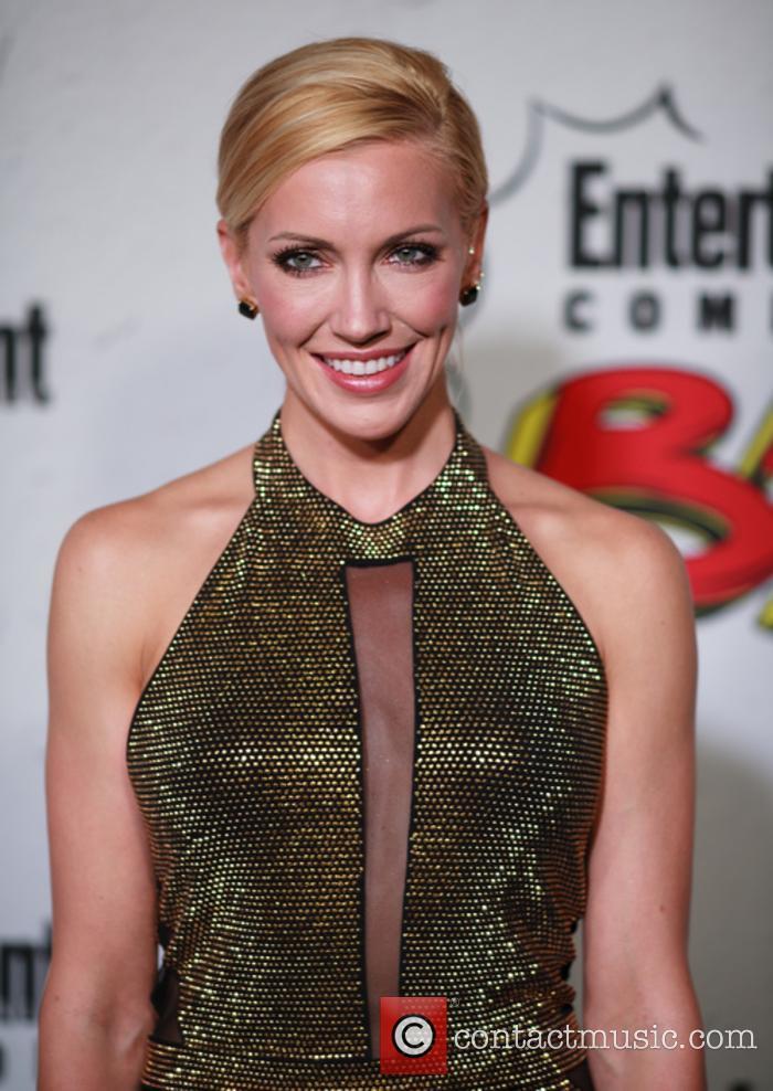 Katie Cassidy returns as Black Siren in 'Arrow' S6