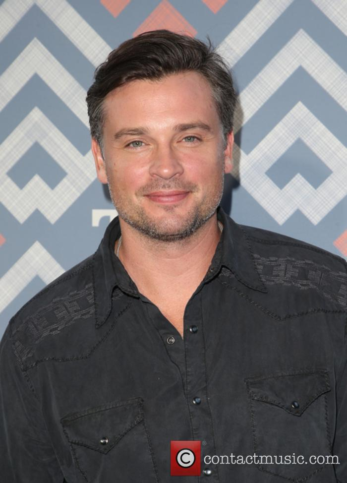 Tom Welling says a fully suited Superman was never coming to 'Smallville'