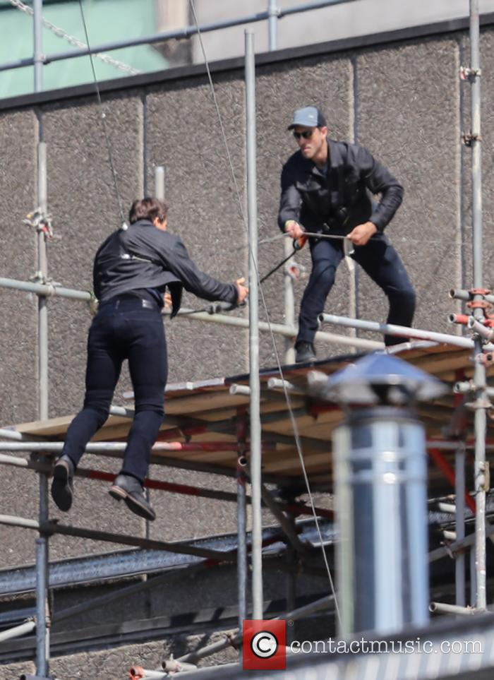 Tom Cruise shooting Mission: Impossible 6