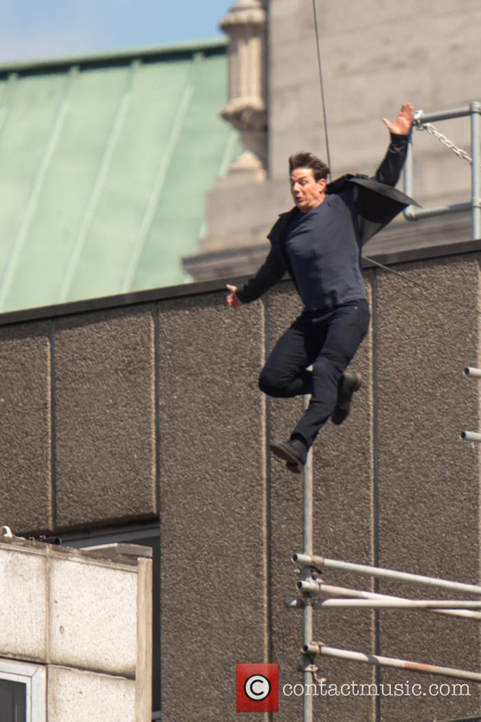 Tom Cruise filming 'Mission: Impossible 6' stunt