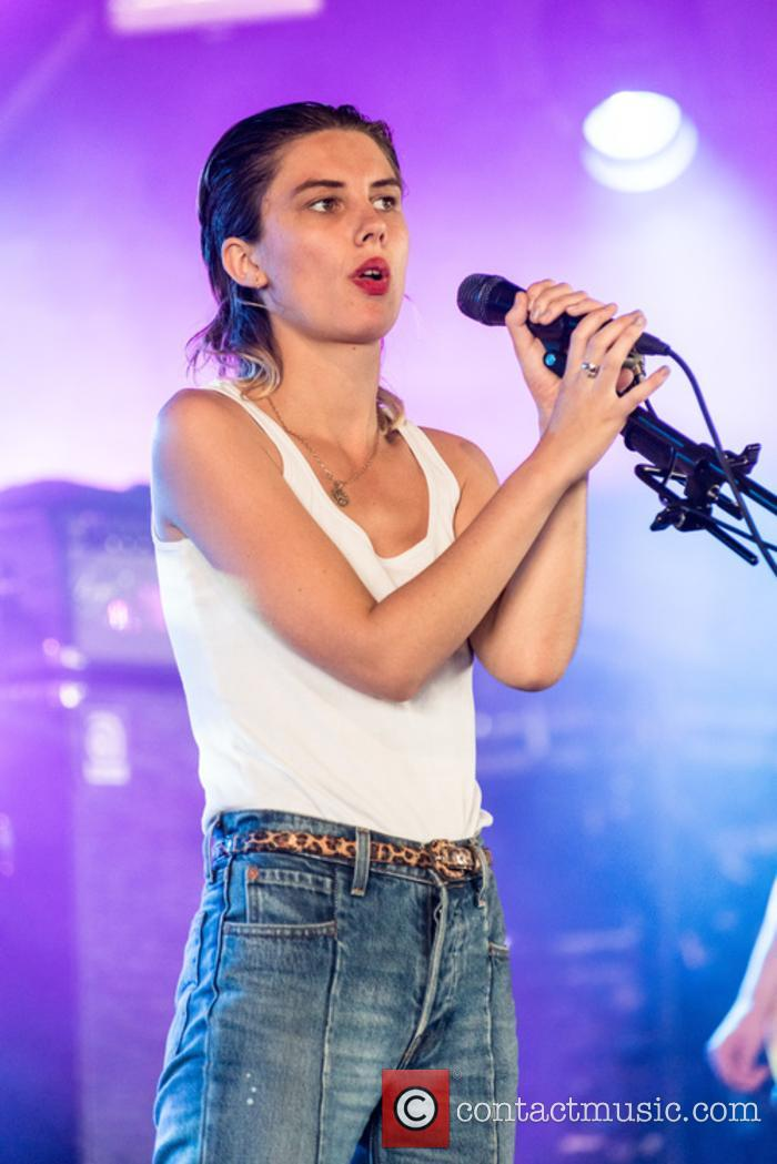 Wolf Alice and Ellie Rowsell 6