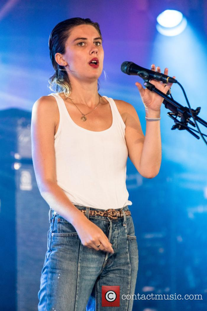 Wolf Alice and Ellie Rowsell 7