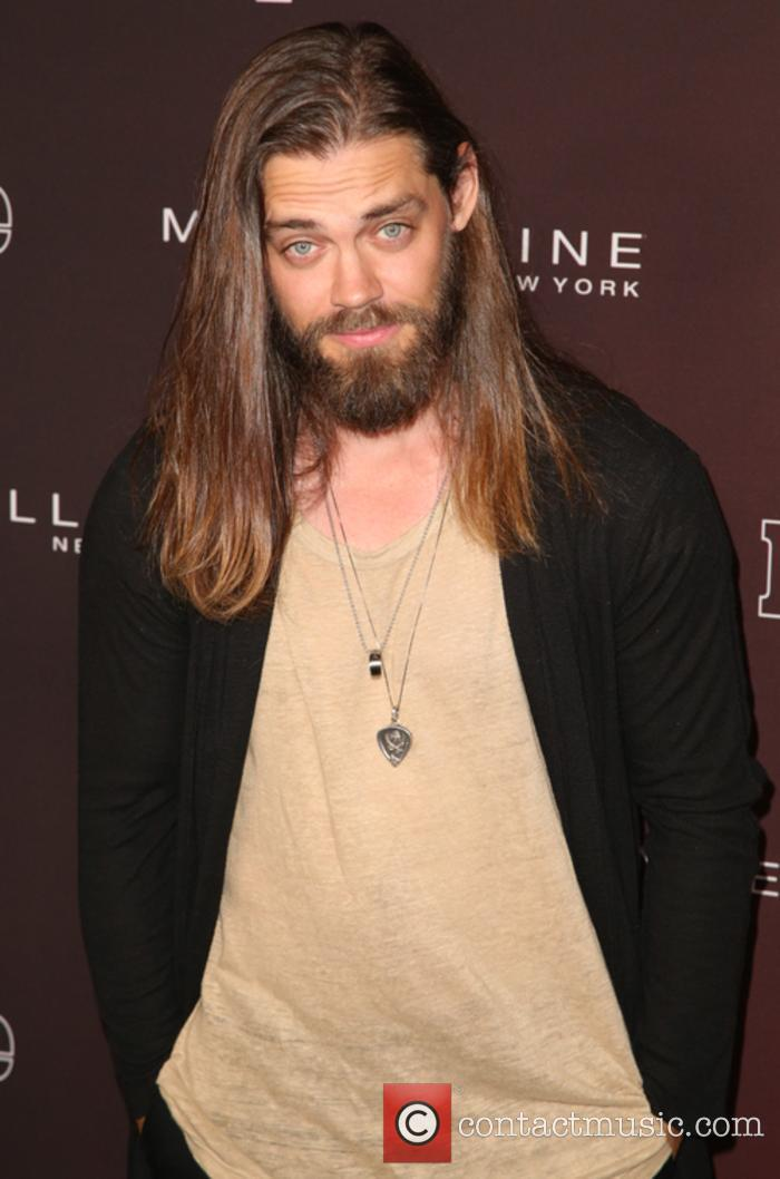 Tom Payne plays Jesus in 'The Walking Dead'
