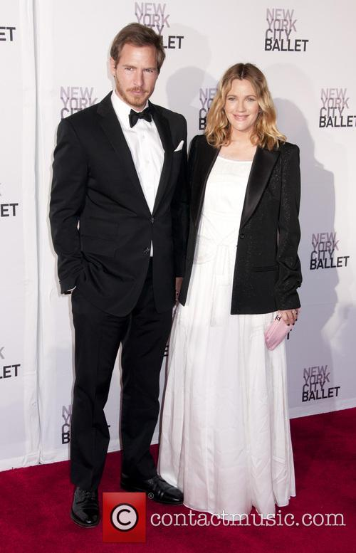 File Photo** * DREW BARRYMORE EXPECTING SECOND CHILD...