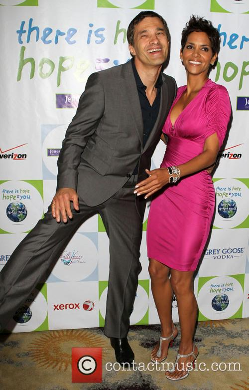 File Photo** * HALLE BERRY AND OLIVIER MARTINEZ...