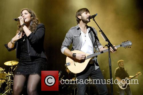 File Photos Lady Antebellum star Hillary Scott has...