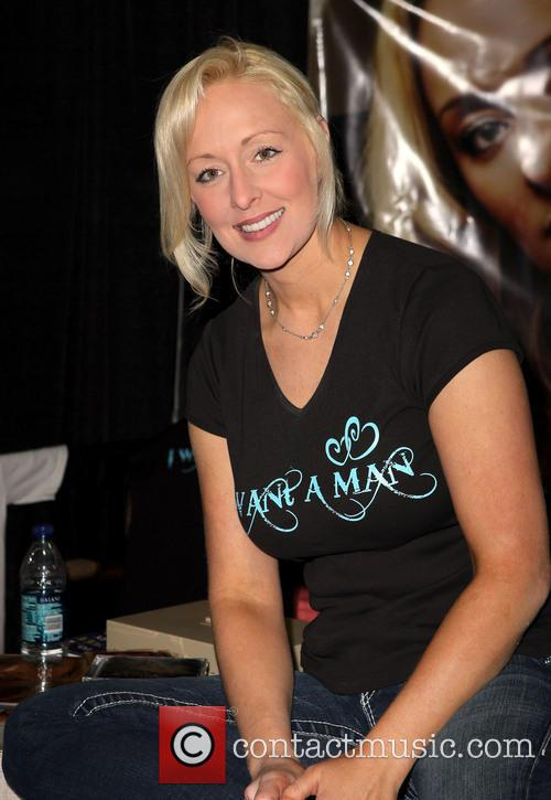 Mindy McCready Meet and greet and autograph session...