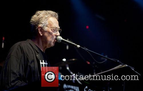THE DOORS STAR RAY MANZAREK DEAD AT 74...