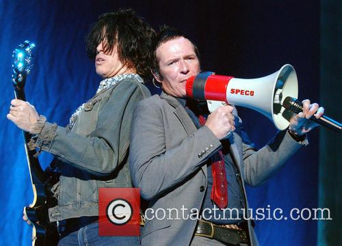 File Photo  * SCOTT WEILAND MARRIES Former...