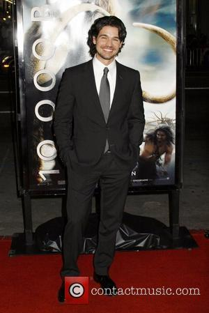Steven Strait Los Angeles Premiere of '10,000 BC' at Grauman's Chinese Theatre - Arrivals Los Angeles, California - 05.03.08