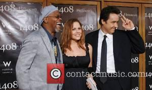 Samuel L Jackson, Mary McCormack and John Cusack World Premiere of '1408' held at The National Theatre - Arrivals Westwood,...