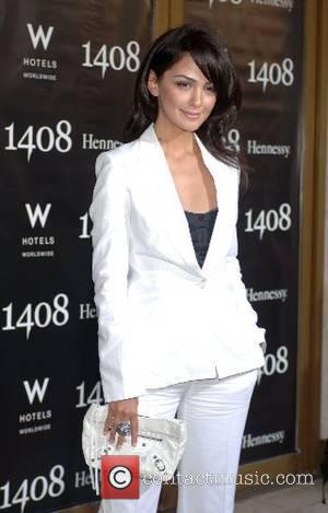 Nazanin Boniadi World Premiere of '1408' held at The National Theatre - Arrivals Westwood, California - 12.06.07