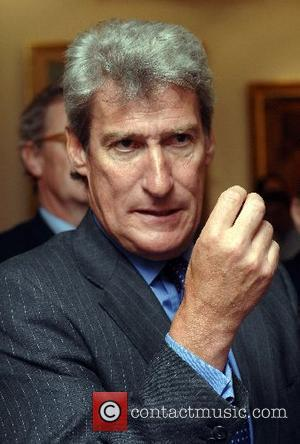 Jeremy Paxman Scolds David Cameron For Celebrating Catastrophic WWI