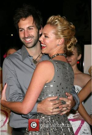 Katherine Heigl and husband Josh Kelly Los Angeles Premiere of '27 Dresses' at the Mann Village Theatre Los Angeles, California...