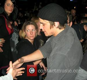 Josh Hartnett, The Bravery and Velvet Revolver
