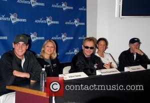 Anna Kournikova, Elton John and Lindsay Davenport