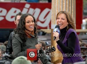Alicia Keys and ABC host