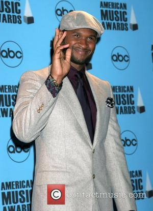 Usher's Classic Exit Marred By Fans