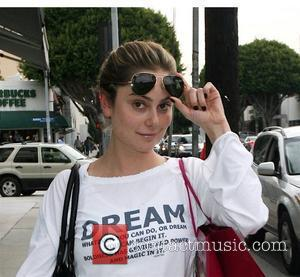 Amanda Brooks shopping on Robertson Boulevard Los Angeles, California - 28.11.07