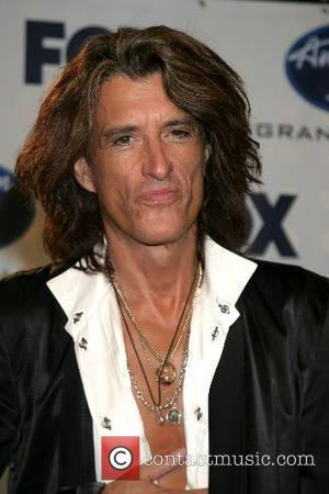 Perry Quit Aerosmith To Honour 'Contract'