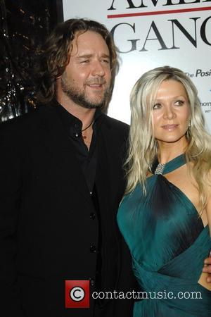 Danielle Spencer, Russell Crowe