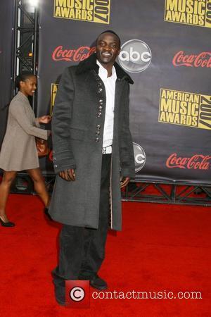 Akon Denies Stealing Loon's Tunes