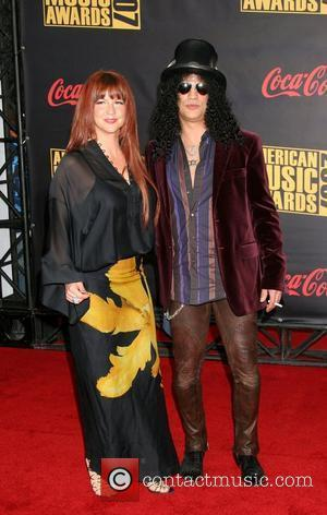 Slash & Wife 2007 American Music Awards held at the at the Nokia Theatre - Arrivals Los Angeles, California -...