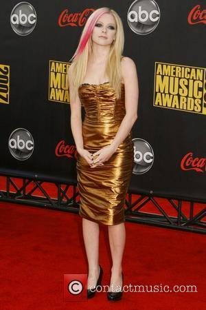Lavigne Wins Double At Mtv European Music Awards