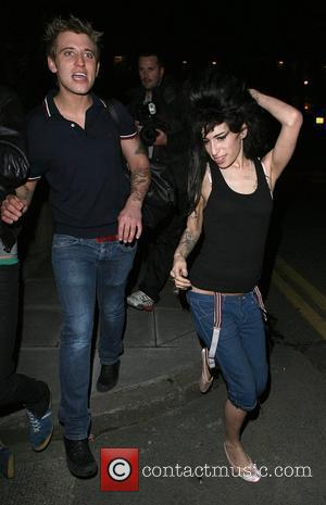 Winehouse To Appeal Marijuana Fine