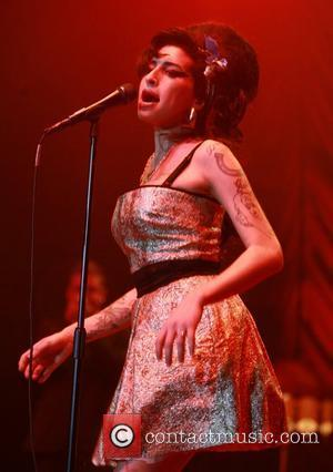 Winehouse: 'I Don't Have Time For Drugs'