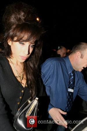 Winehouse Refuses Help For Weight Loss