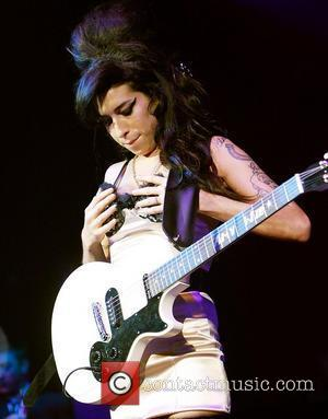 Amy Winehouse, Blake Fielder-civil and Embrace