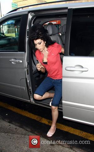 Winehouse Arrested Over Claims Of Drug Use