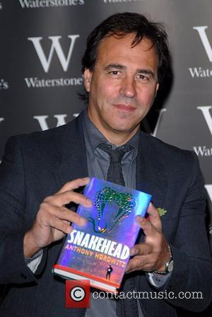 Anthony Horowitz signs copies of his new book 'Snakehead' at Waterstone's in Piccadilly London, England - 31.10.07