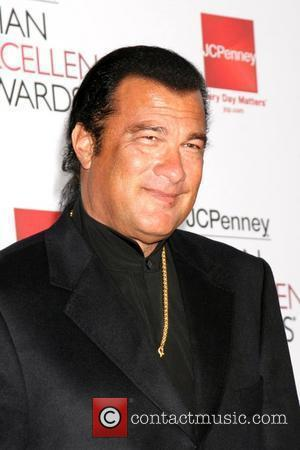 Seagal To Launch Children's Guitar Charity