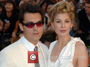 Joe Wright and Rosamund Pike UK Premiere of 'Atonement' at Odeon Leicester Square - Arrivals London, England - 04.09.07