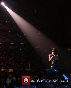 Badu: 'Rap Can Heal The World'